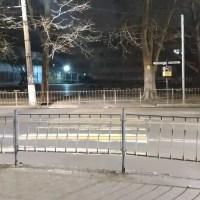 Неожиданно: в Симферополе закрыли переход и убирают остановку с площади Куйбышева