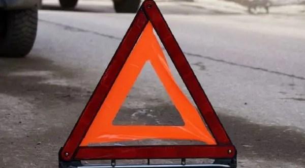 ДТП в Ялте - водителя из авто доставали спасатели