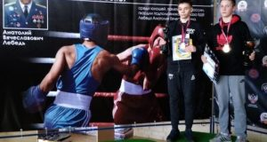 Марк Станиславский и Артем Червяков - победители Отборочных соревнований по боксу