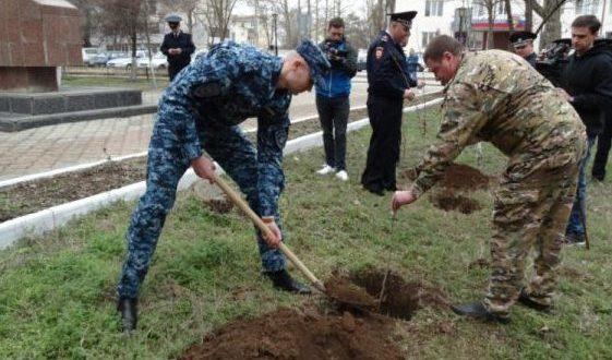 В г. Саки заложили сквер памяти погибших сотрудников ОВД
