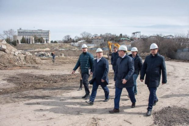 Официально: работы по реконструкции СОК имени 200-летия Севастополя идут с опережением графика