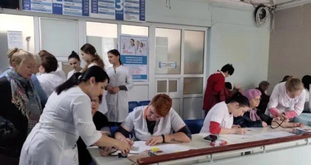 """В акции """"Субботник здоровья"""" в Севастополе приняли участие более 250 горожан"""