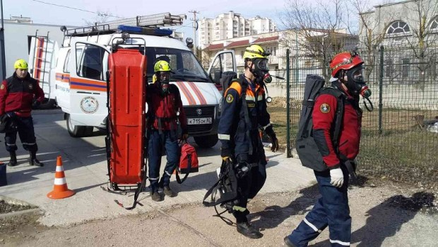 Евпаторийский «КРЫМ-СПАС» провел тренировку по ликвидации последствий ЧС на предприятии