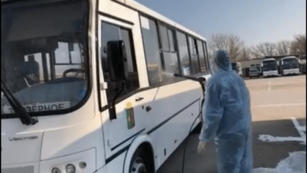 В Евпатории дезинфекцию общественных пространств и транспорта проводят ежедневно
