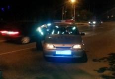 Редко, но бывает: за рулем ВАЗа был пьяный, его пассажиры оказались грабителями. Случай в Севастополе