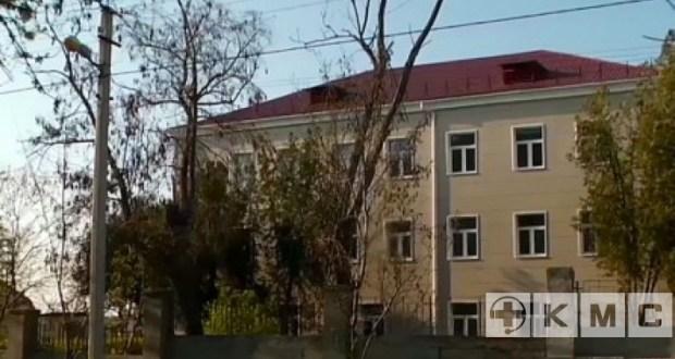С режимом обсервации в стационаре городской больницы № 1 на улице Надеждинцев не все так просто
