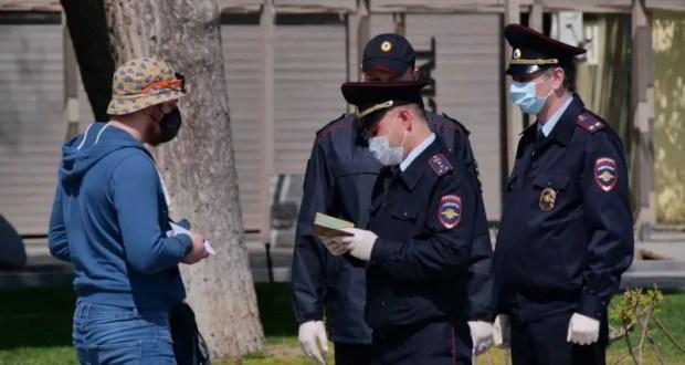 В понедельник крымская полиция составила 139 протоколов на тех, кто «безосновательно был на улице»