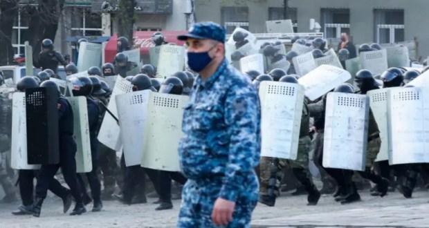 Ученый предупредил о возможных массовых «протестных» нарушениях «самоизоляции»