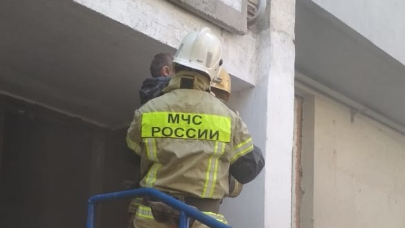 Пожар в Керчи: эвакуированы 15 человек