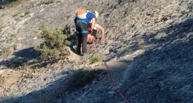 ЧП на горе Сокол в Крыму - мужчина сбился с пути и не смог самостоятельно спуститься