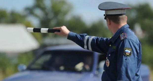 """В Севастополе автоинспекторы задержали водителя-наркомана. """"Запас"""" психотропного средства в авто тоже был"""