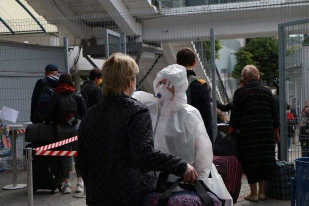 11 пассажиров поезда «Санкт-Петербург - Севастополь» отправлены в обсерватор