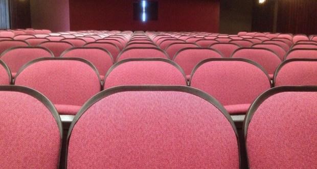 Роспотребнадзор поставил условия кинотеатрам (чтобы не стали «рассадниками заразы» коронавируса)
