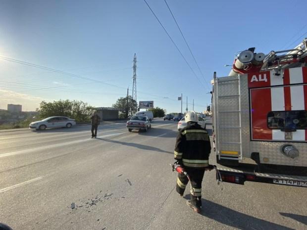 ДТП в Севастополе: столкнулись два легковых автомобиля