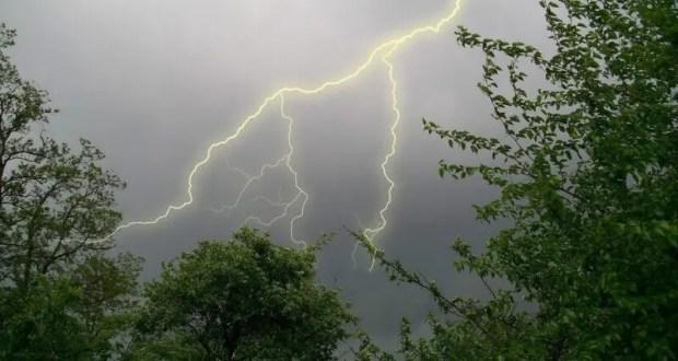 ЧП на востоке Крыма: в человека ударила молния