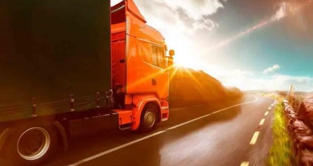 В Крыму вводятся ограничения проезда для большегрузов по дорогам Республики