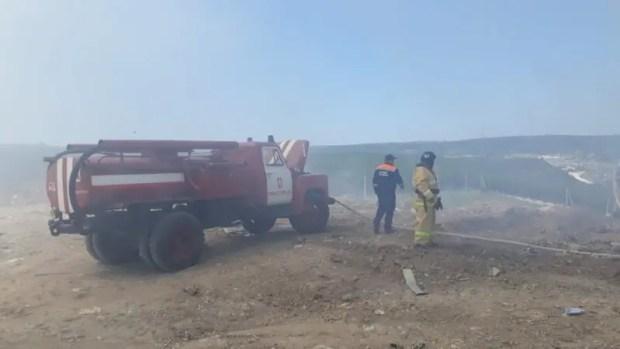 В выходные дни в Севастополе спасатели тушили пожары на полигоне ТБО и мысе Толстый