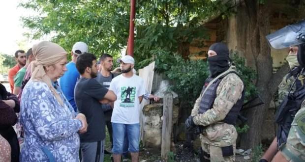 В Крыму прошли обыски по делу запрещенных «хизбов». Семеро задержанных