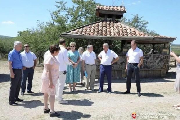 В реализации новых интересных проектов - будущее крымской туристической сферы