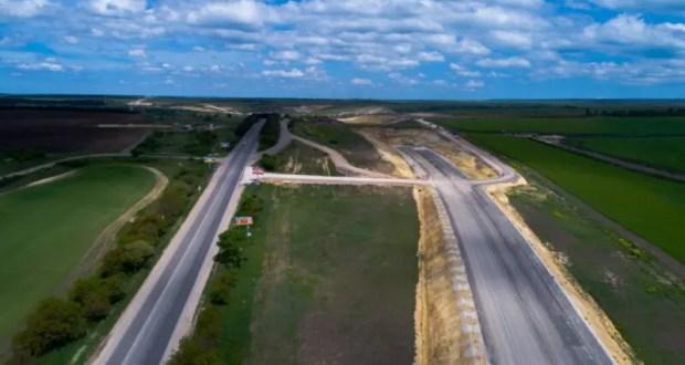 В Крыму в этом году хотят отремонтировать свыше 200 км дорог, не считая Симферополя
