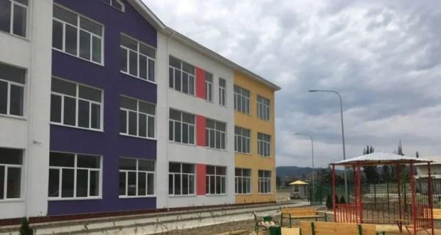 К 1 сентября в Крыму обещаю достроить три новые школы