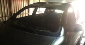 В Белогорске горел автомобиль. Прямо в гараже
