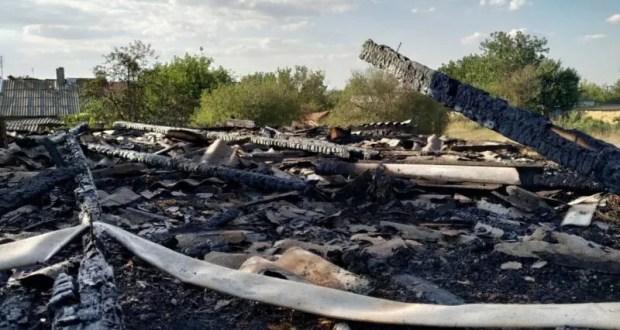 Пожар в Симферопольском районе - горело частное домовладение