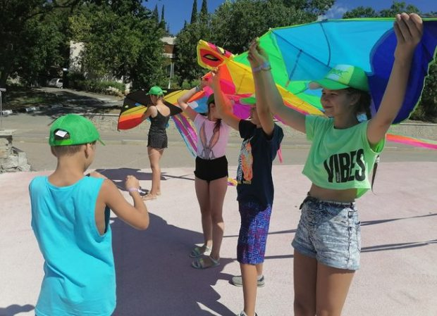 В «Артеке» проходит фестиваль воздушных змеев