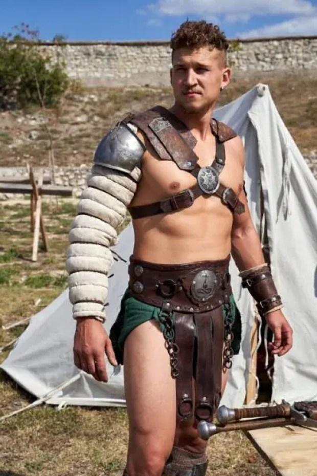 30 августа в центре Севастополя сразятся... римские гладиаторы