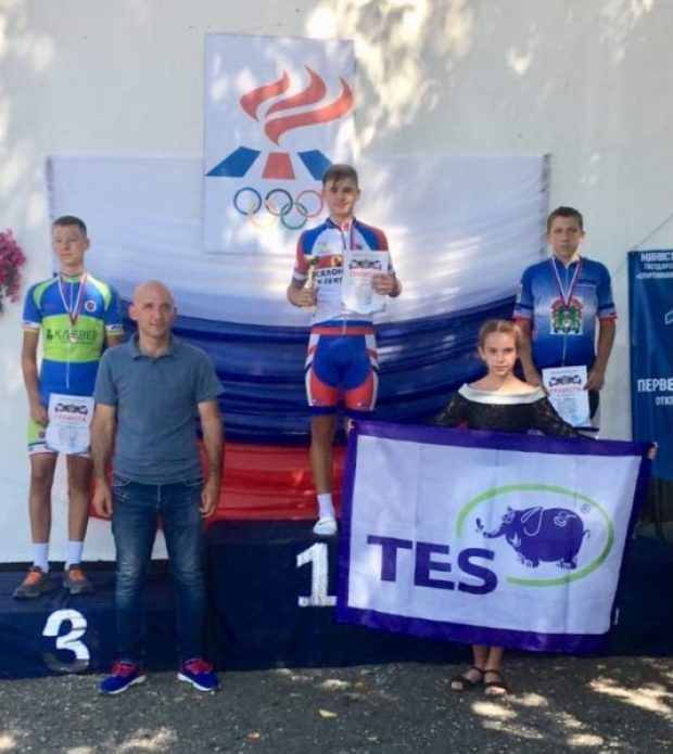 Никита Конопатский из Севастополя - чемпион первенства Крыма по велоспорту