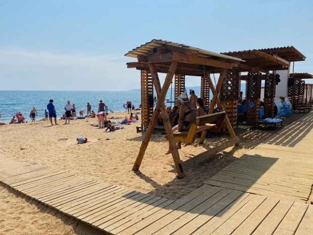 На пляжах Феодосии провели «работу над ошибками»