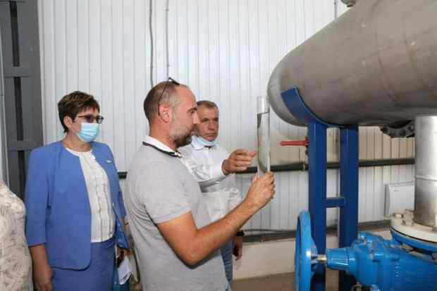 Спикер крымского парламента проверил реконструкцию очистных в Гвардейском, под Симферополем