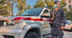 Севастопольские росгвардейцы задержали дебошира: в баре разбушевался иностранец
