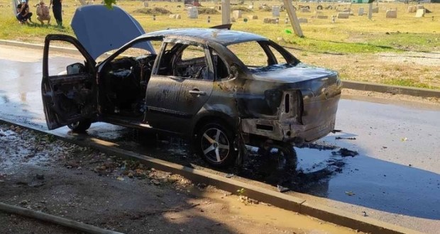 В Симферопольском районе сгорел автомобиль