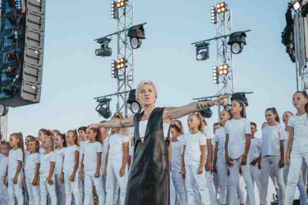 Опытные артисты и молодые исполнители: творческие коллаборации на фестивале «Таврида – АРТ»