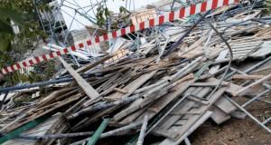 В Севастополе при ремонте фасада дома рухнули строительные леса. Пострадал рабочий