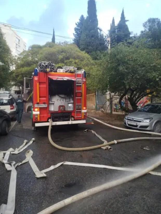 Пожар в Ялте - спасены 6 человек и эвакуированы 30