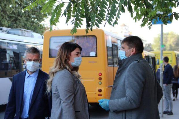 В Симферополе общественный транспорт слишком долго «отстаивается» на остановках
