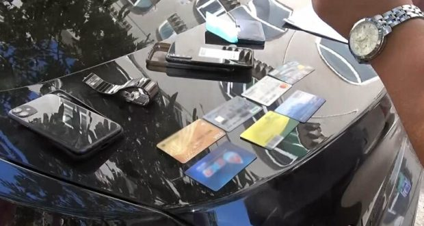 В Севастополе полиция задержала подозреваемых в вымогательстве 2 млн. рублей у местного предпринимателя