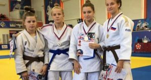 У юниорок из Крыма - пять медалей в первенстве ЮФО по дзюдо