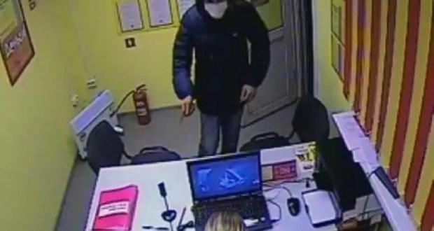 В Крыму осудили разбойника – «бомбил» микрокредитные организации Симферополя