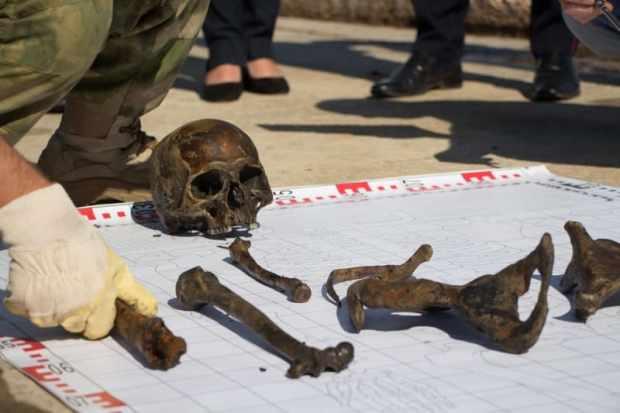 На теплоходе «Жан Жорес» обнаружены останки бойцов Красной армии