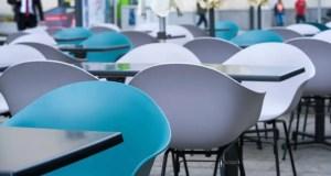 В Крыму разрешили посещать кафе и рестораны без масок и сделали уточнения по массовым мероприятиям