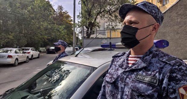 В Севастополе росгвардейцы по горячим следам нашли пропавшую пенсионерку