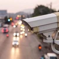 Вниманию автолюбителей: в Симферополе - новая камера фиксации нарушений ПДД. А уж место-то какое…