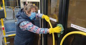 Общественный транспорт в Севастополе дезинфицируют ежедневно