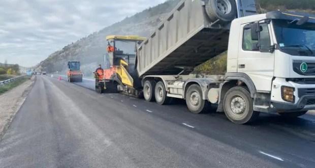 В Севастополе отремонтировали почти 80 дорожных участков