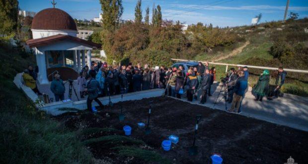 В Севастополе теперь есть аллея памяти в честь 100-летия Русского исхода