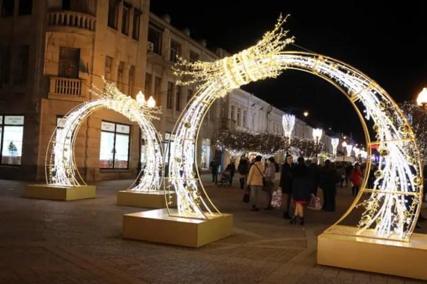 Как крымские города принарядились к встрече Нового года