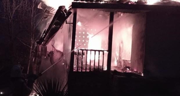 Ночной пожар в симферопольском поселке Гвардейское и еще 8 пожаров минувших суток